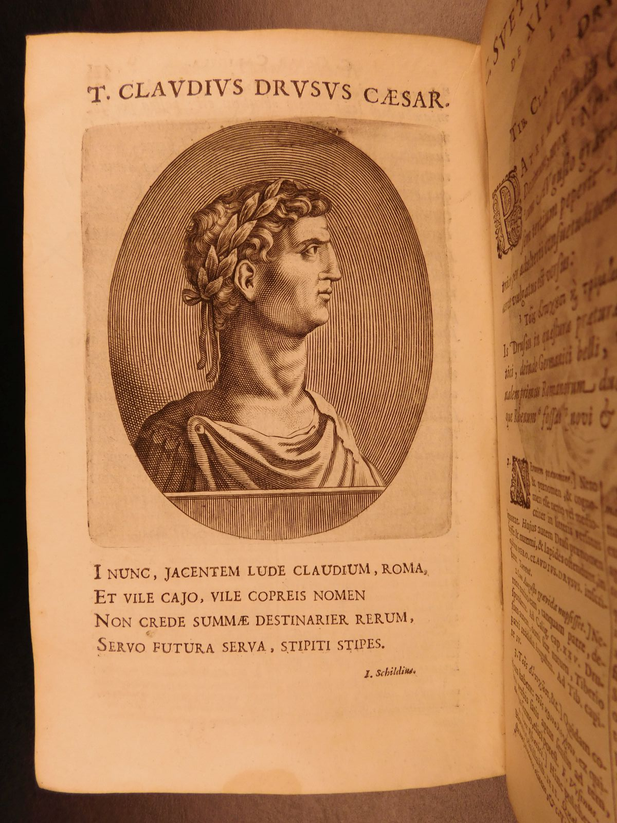 twelve caesars An essential primary source on roman history, suetonius' the twelve caesars is  a fascinating achievement of scholarship covering a critical.